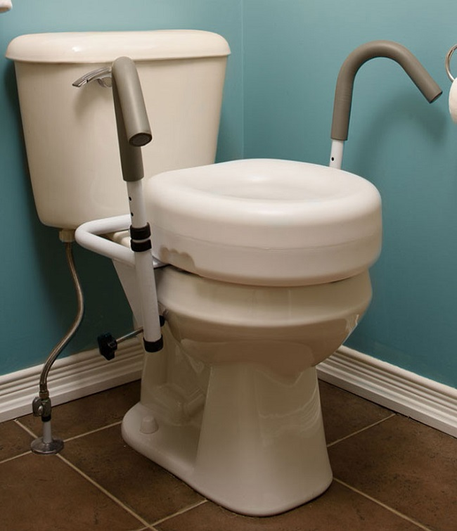 Awesome Here Are The Benefits Of Using A Raised Toilet Seat After Inzonedesignstudio Interior Chair Design Inzonedesignstudiocom